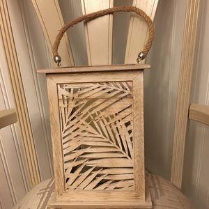 Wood candle pillar